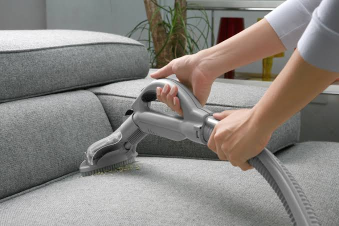 Experienced Upholstery Cleaning Conroe TX 2